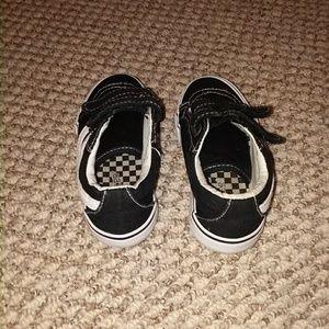 43d8b9cb8f Joe Boxer Shoes -   Excellent Condition   Boys Sneakers